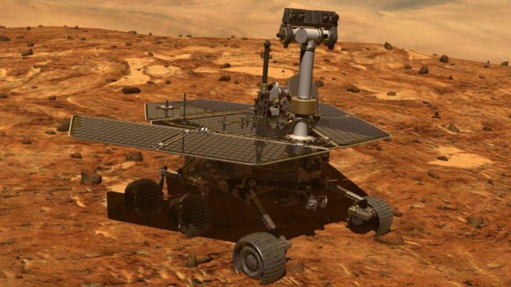 مریخ نورد و صفحات خورشیدی آن